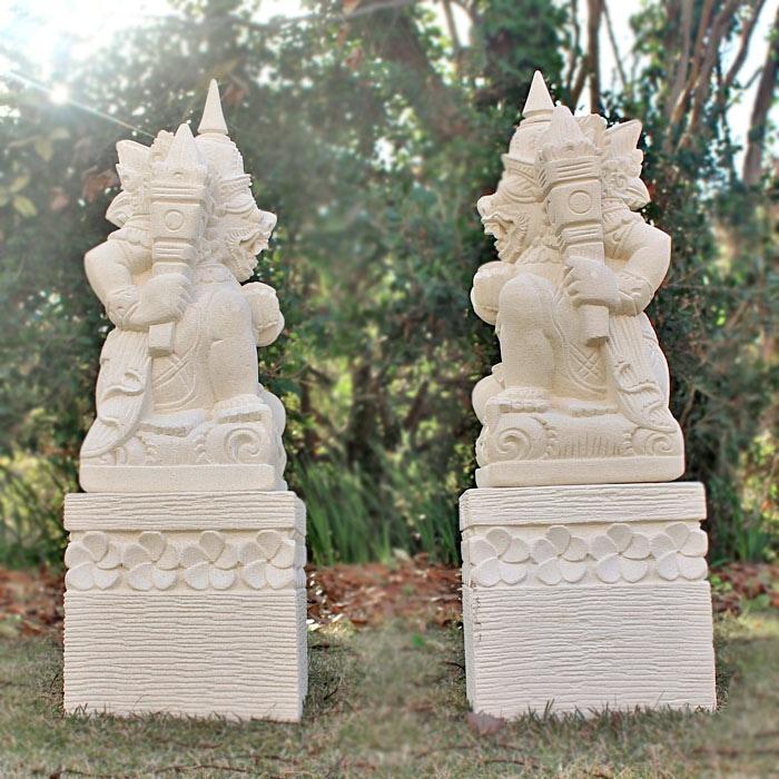 アジアン,石彫り,石像 神様,バリ島,ストーンカービング,外構,ガーデニング