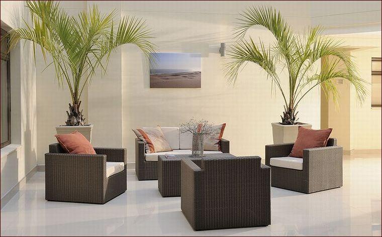 シンセティックラタン家具