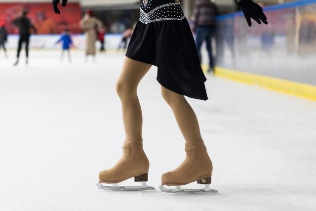 フィギュアスケート衣装の選び方