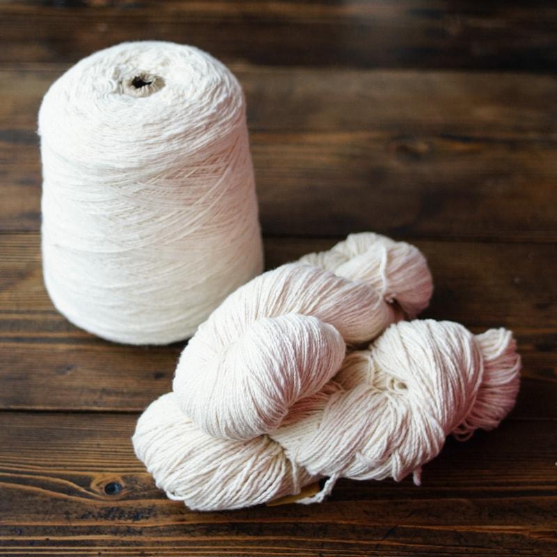 オーガニックコットン手つむぎ糸|生成・茶綿