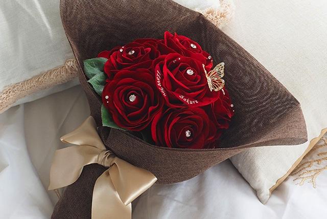 赤バラ12本は別名「ダズンローズ」