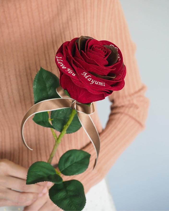 誕生日プレゼントに贈るバラ、チョコレートローズ