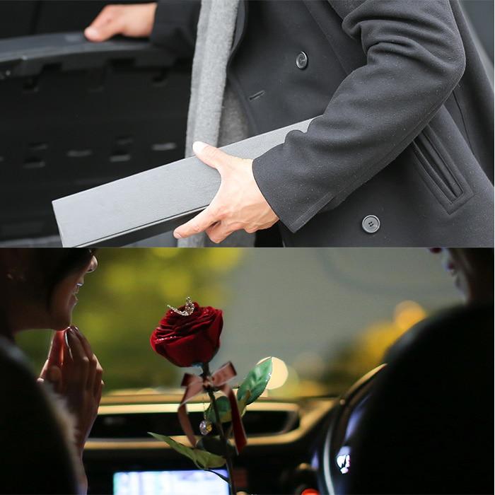 枯れない真っ赤な一輪のバラ ギフトボックス
