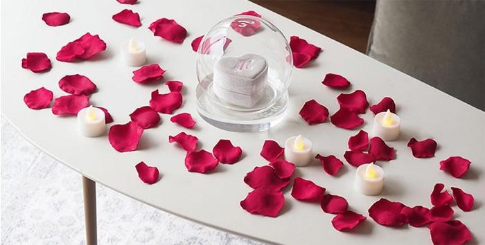 花びら50枚とキャンドルの演出セット