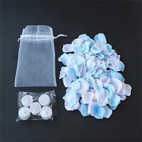 ブルーグラデーションの花びら50枚とLEDライトキャンドルの演出セット
