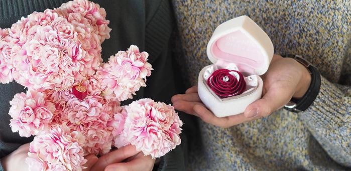 春のプロポーズを盛り上げるプロポーズボックス