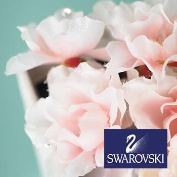 花びらにはスワロフスキークリスタル付き