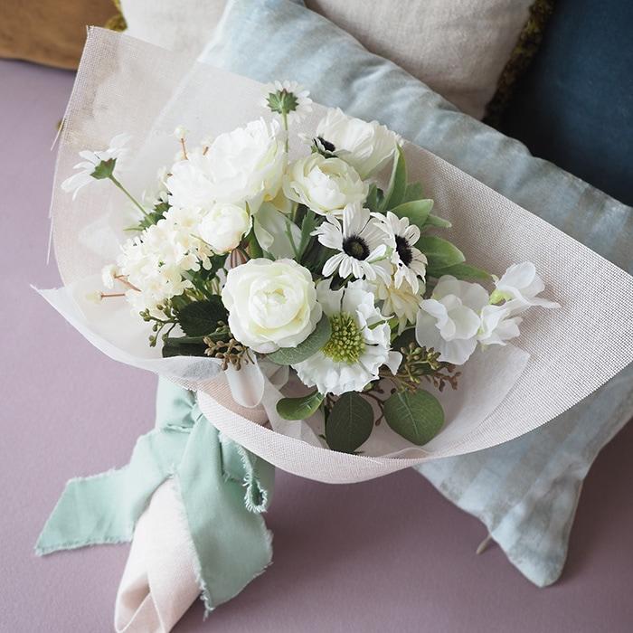 春に人気【プロポーズ専用】幸せの四つ葉のクローバーブーケ(持ち運び袋付き)