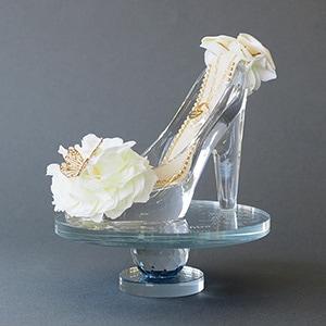 【プロポーズ推奨・シンデレラのガラスの靴】ホワイト(NEWボックス入り)