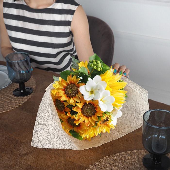 夏色のひまわり6本の花束アレンジメント