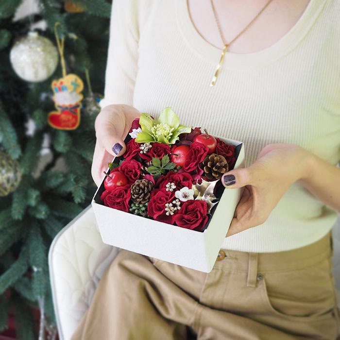 クリスマスに贈るフラワーボックスギフト