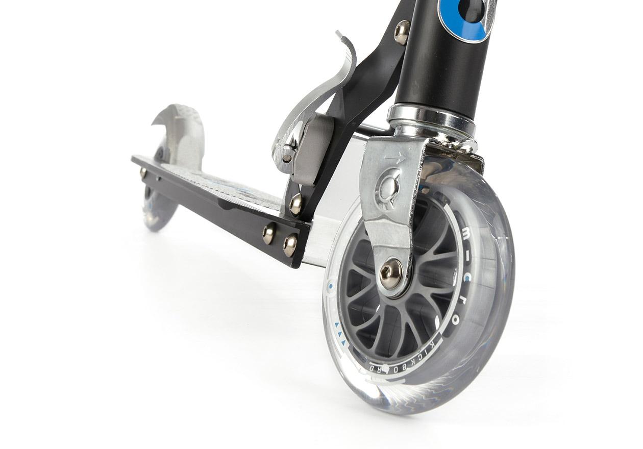 2輪タイプのキックボードの安定性