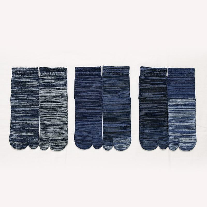 odd socks ブルー系