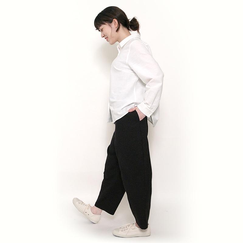 パンツ「熱砂」モデル画像
