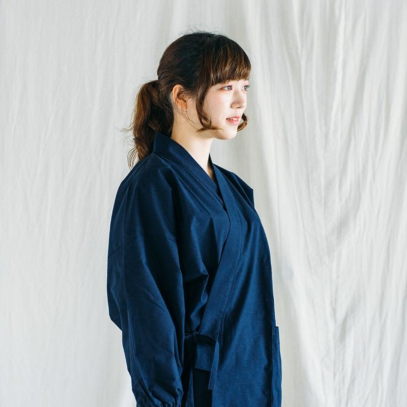 作務衣「紬織り」モデル着用写真