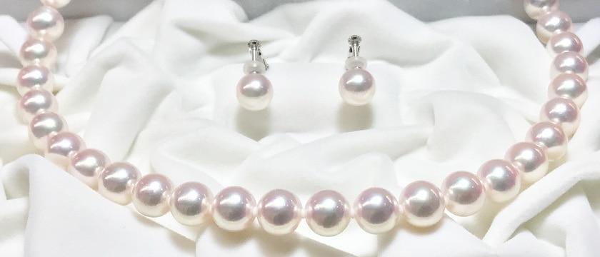 ケースを開けた瞬間に、心ときめく真珠の輝き