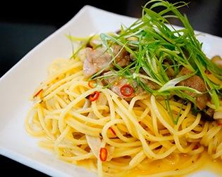 豚肉と水菜のピリ辛パスタ