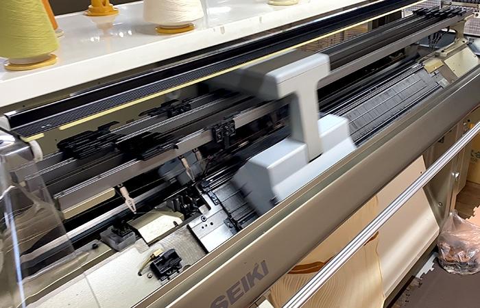 日本製ニット編み機