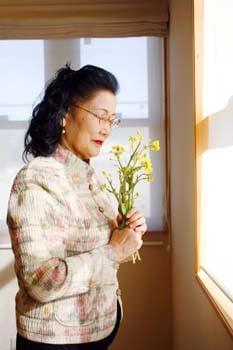 標ヒロさんの野草シリーズ、20種類の野草を厳選ブレンドした野草茶「命草ハイブレンド」