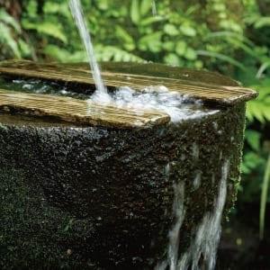 霧島山麓の清らかでミネラル豊富な水