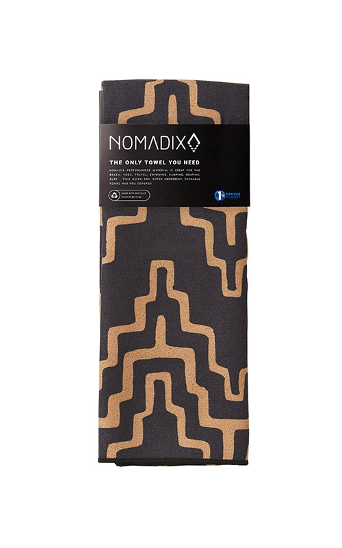 COCORA 45 BLACK AND TAN TOWEL