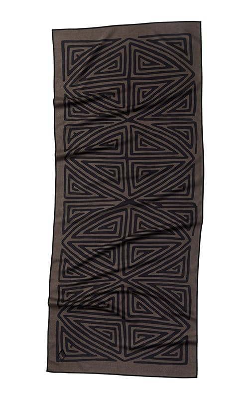 LA PLAYA 76 BROWN BLACK TOWEL