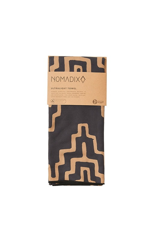 COCORA 45 BLACK AND TAN ULTRALIGHT TOWEL