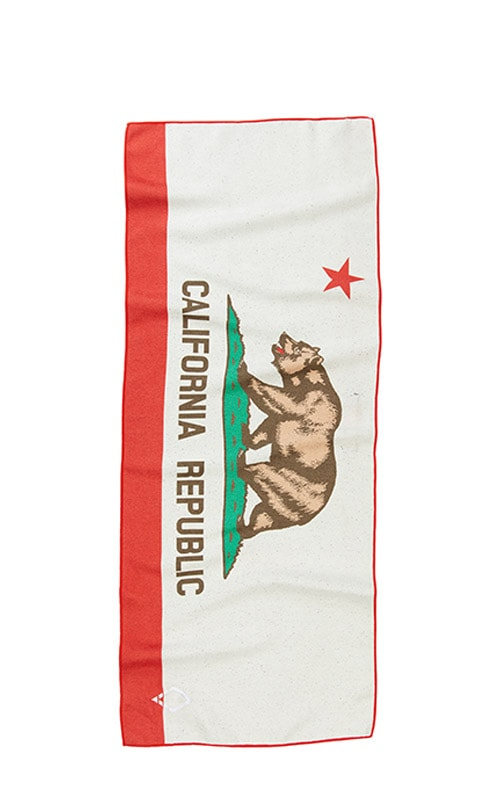 51 CARIFORNIA FLAG DO ANYTHING TOWEL