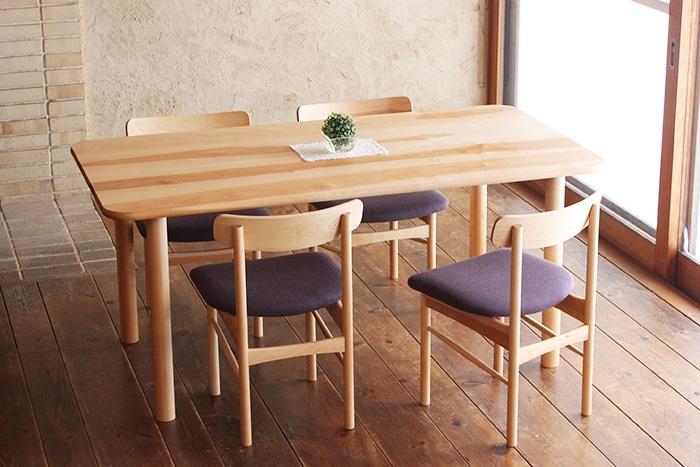 ibisテーブル4人掛け