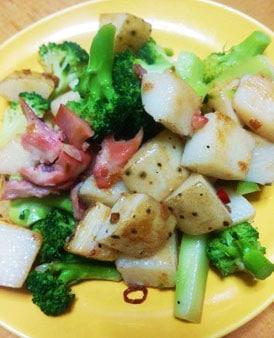 長芋とブロッコリーの炒め物
