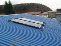 工場の屋根に設置