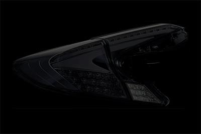 C-HR用 LEDテールランプREVO ハーフレッド/クローム