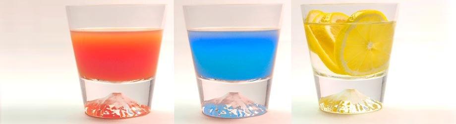 飲み物の色で富士山の色が変化する富士山グラス