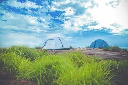 テントとして使用できるブルーシート