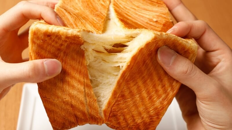 クロワッサン食パン スタンダード&プレミアム