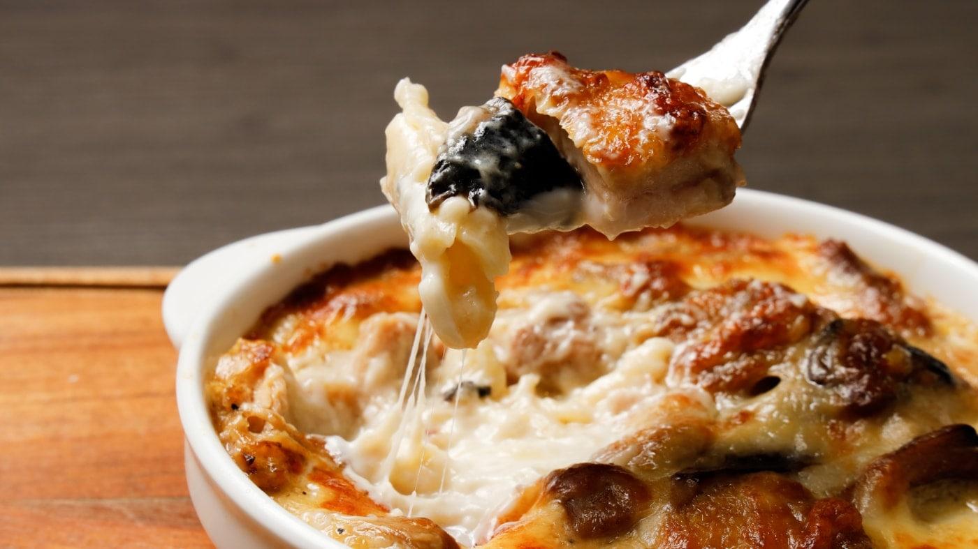 ポルチーニ茸と鶏モモのペンネグラタン