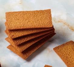 ビイェ・ド・フィナンシェ:フィナンシェ生地を焼き上げた薄型の焼菓子