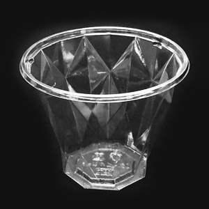 ダイヤカット型カップ容器