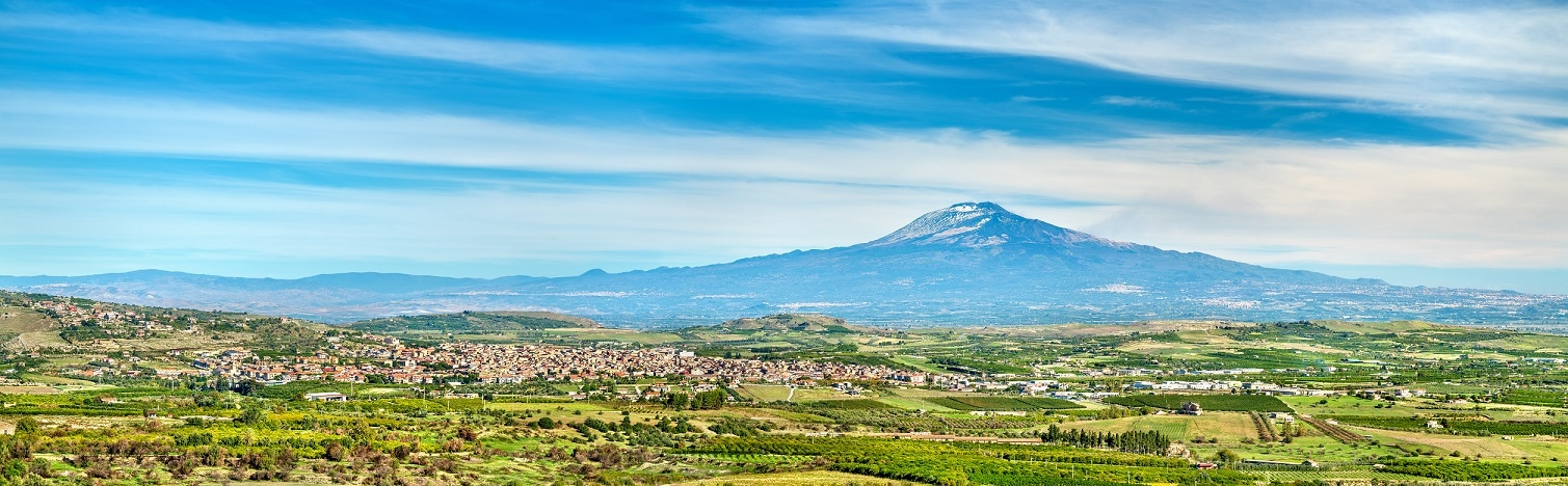 """ヨーロッパ最大の活火山""""エトナ山"""""""