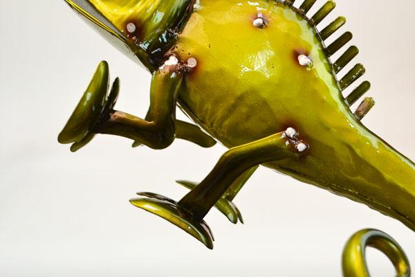 カラフルブリキカメレオングリーン置物個性的飾り