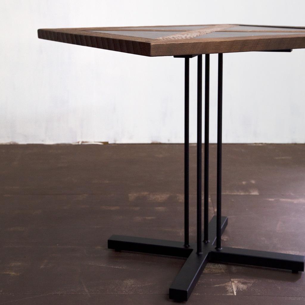 スタンカフェテーブル アイアン脚
