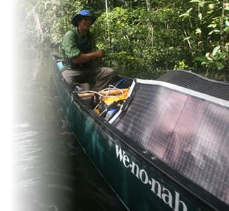R-28使用例 電気のとれない河川上のボートで使う
