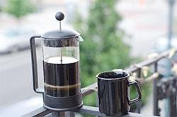 フレンチプレスコーヒー(イメージ)