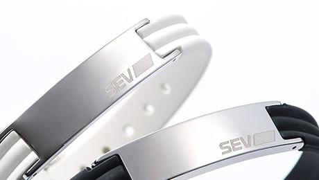 SEV セブラインブレスレット2