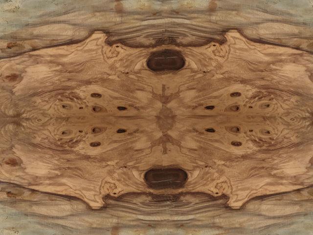 ウォルナットの材木の画像その二