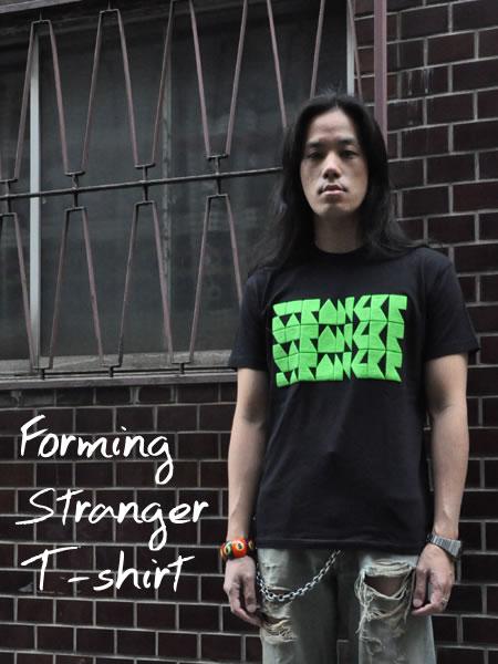 STRANGER Tシャツ