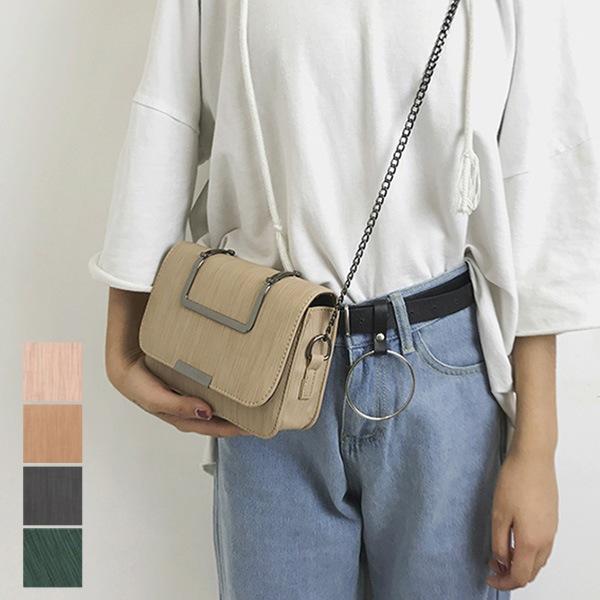 PUレザーショルダーバッグの商品イメージ