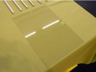 エコ窓のポリカーボネート板