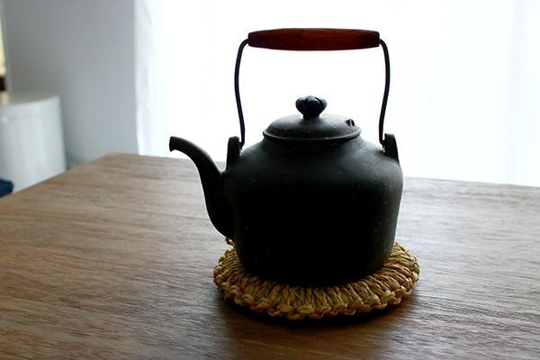 ワラ鍋敷き