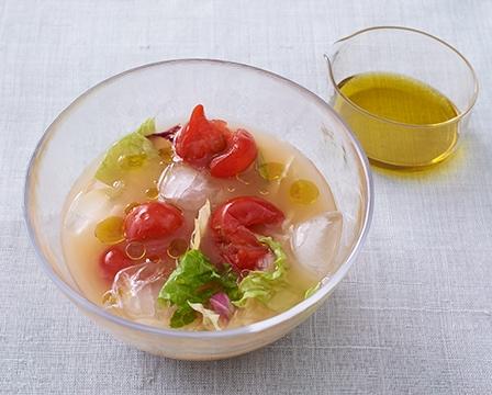 画像:トマトとレタスの冷製みそ汁レシピ